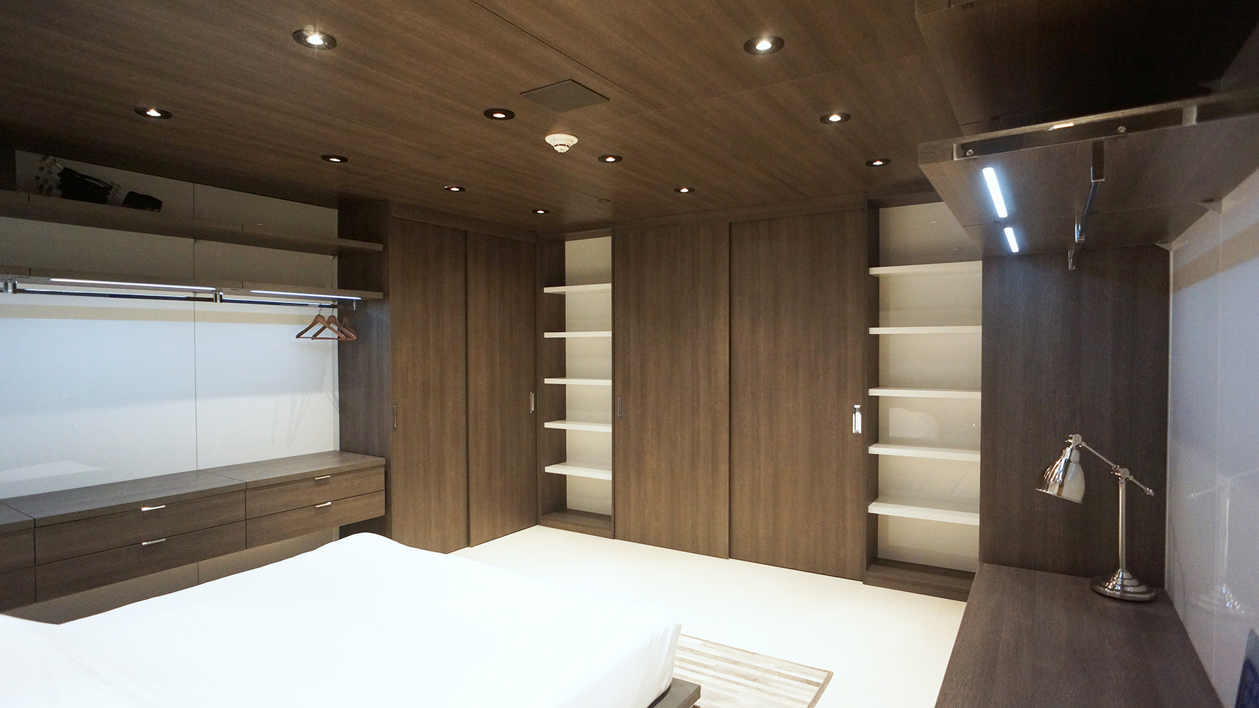 Image of one of our custom closets in South Florida